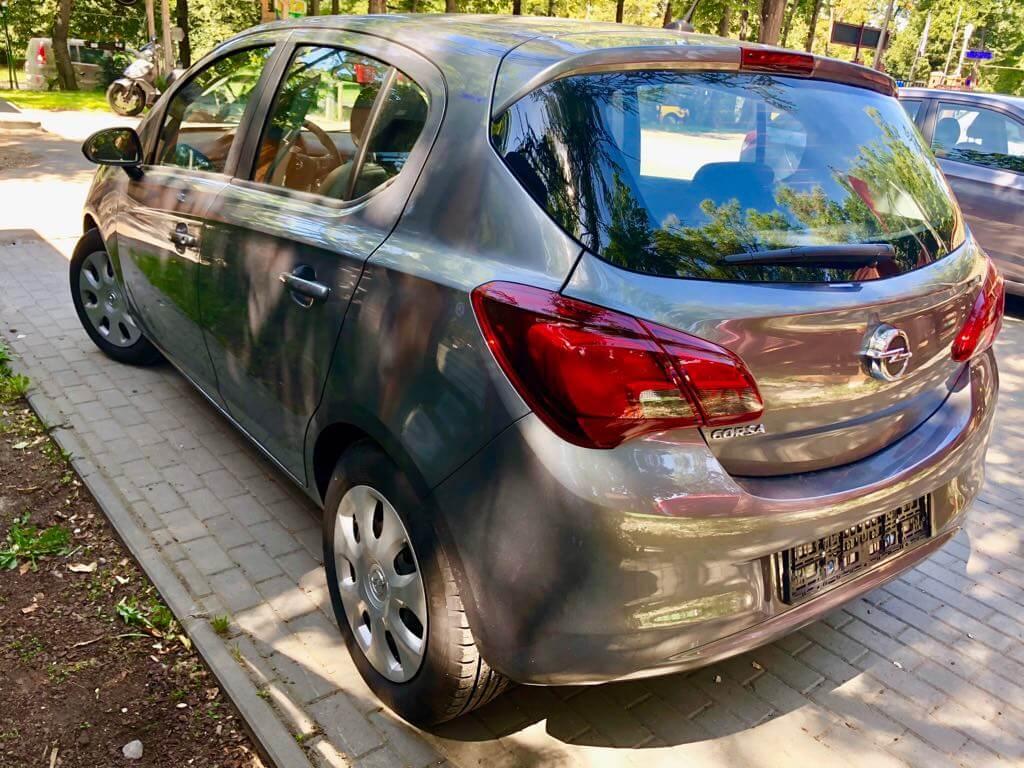 Opel Corsa wynajem samochodów warszawa