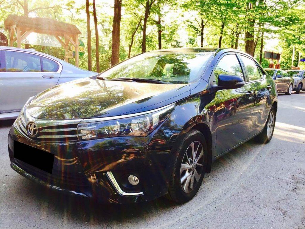 Toyota Corolla wynajem samochodow warszawa