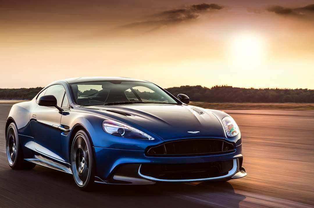 Aston Martin Vanquish wynajem samochodów warszawa 2