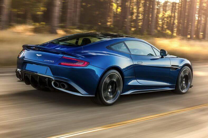Aston Martin Vanquish wynajem samochodów warszawa 4