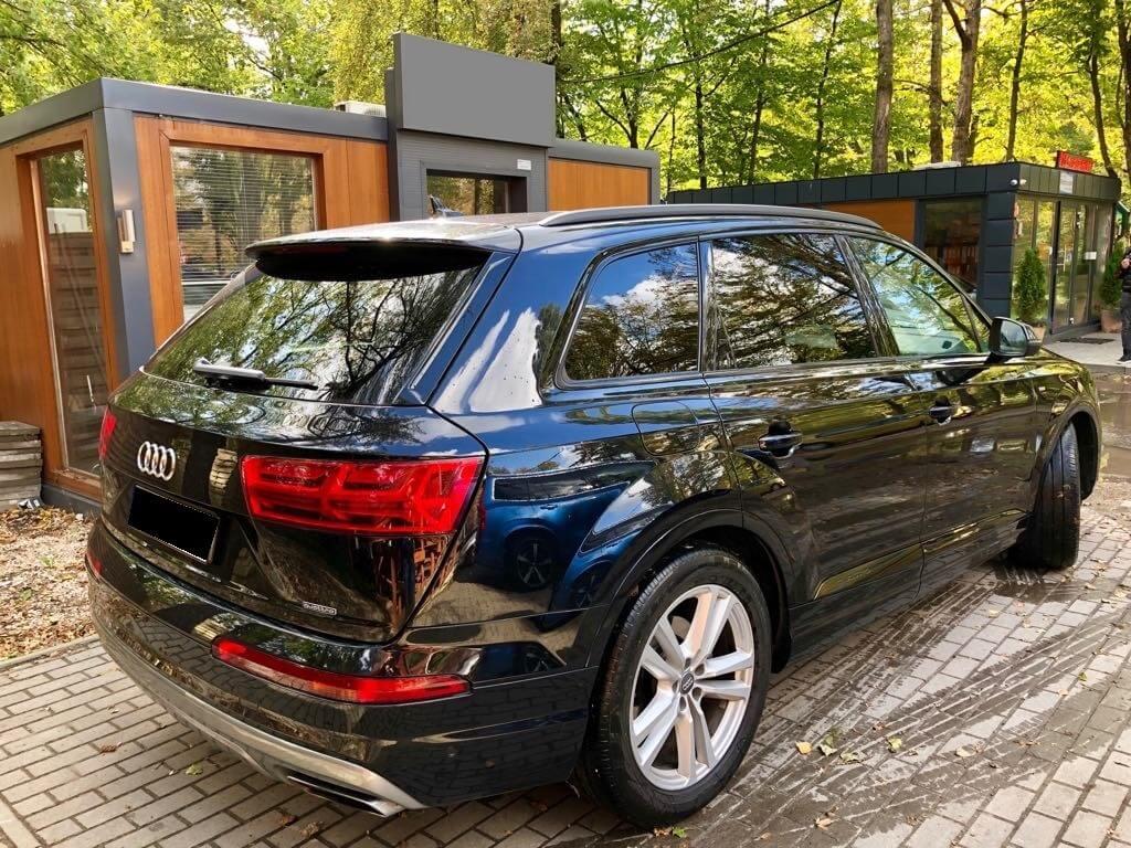 Audi Q7 wynajem samochodów warszawa 2