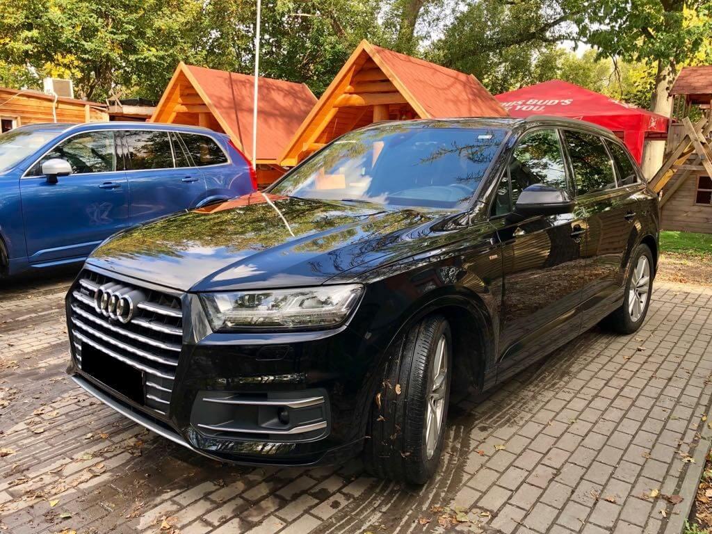 Audi Q7 wynajem samochodów warszawa 5