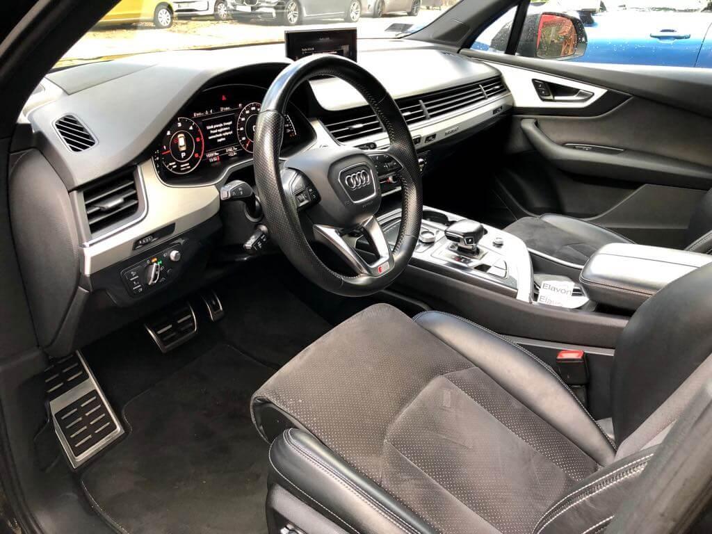Audi Q7 wynajem samochodów warszawa 7