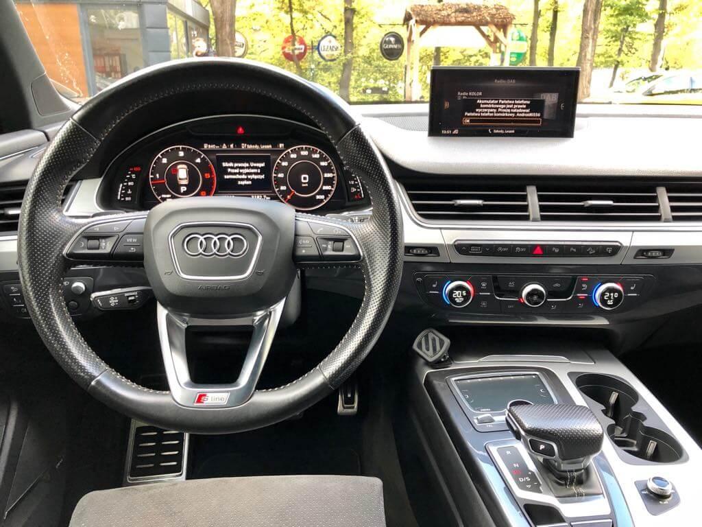 Audi Q7 wynajem samochodów warszawa 8