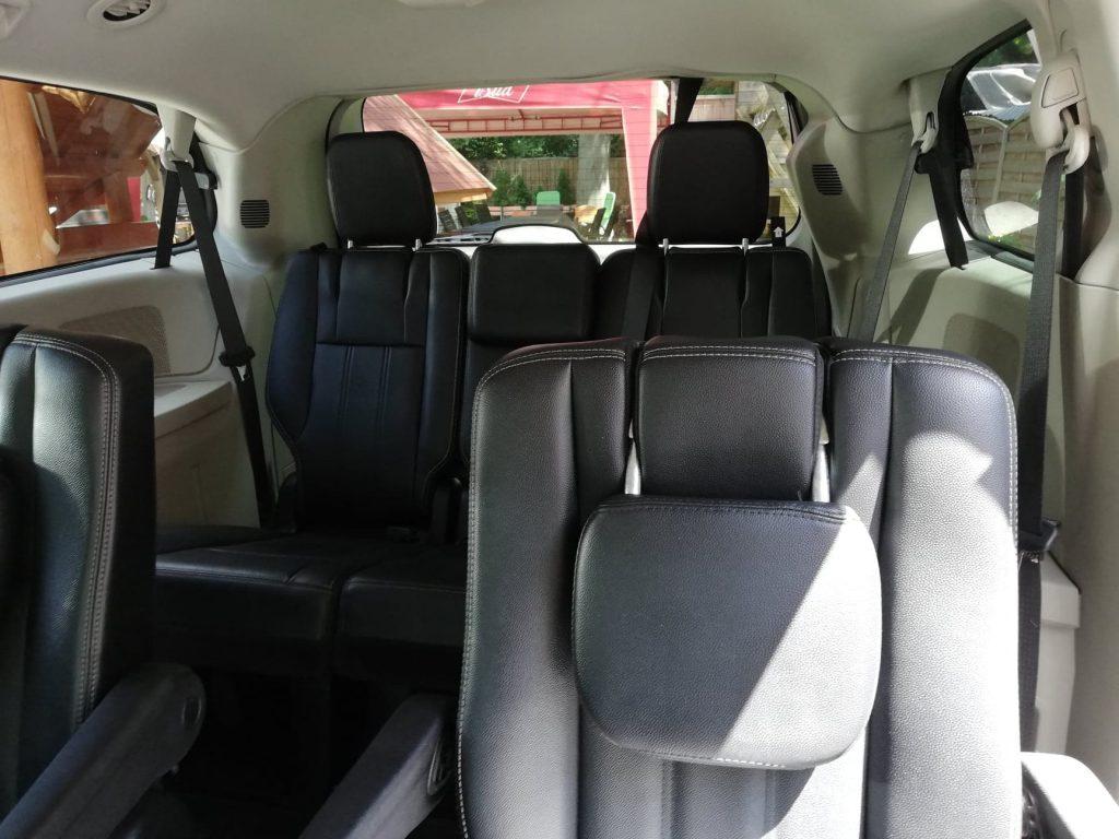 Chrysler Voyager wynajem samochodów warszawa 7