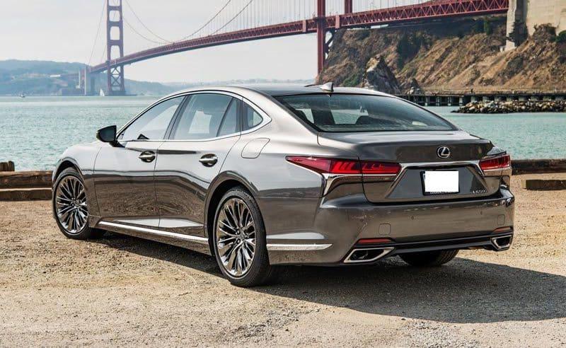 Lexus GS wynajem samochodów warszawa 4