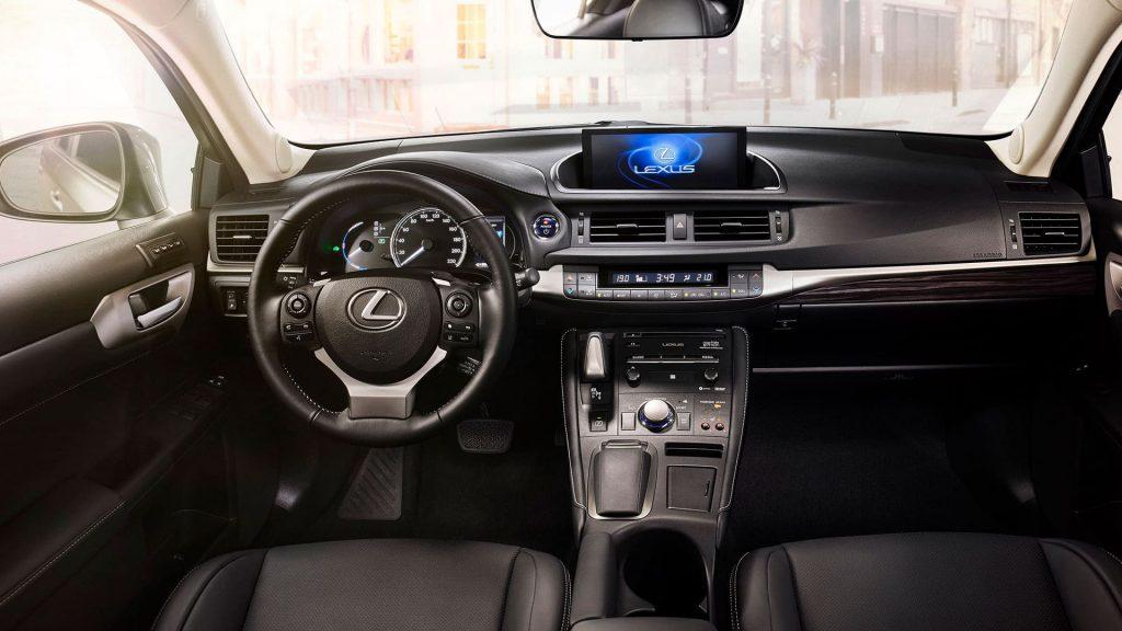 Lexus GS wynajem samochodów warszawa 5