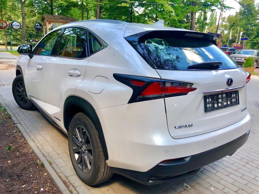 Lexus NX wynajem samochodów warszawa 4