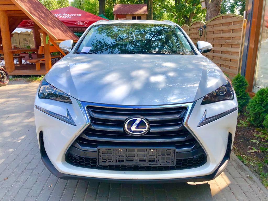 Lexus NX wynajem samochodów warszawa 5
