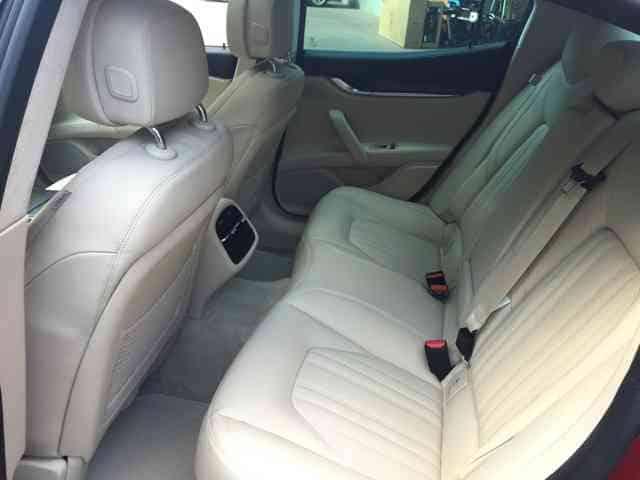 Maserati Ghilbi wynajem samochodów warszawa 8