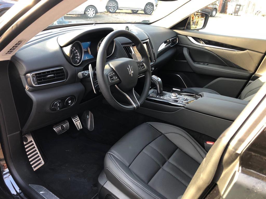 Maserati Levante wynajem samochodów warszawa 15