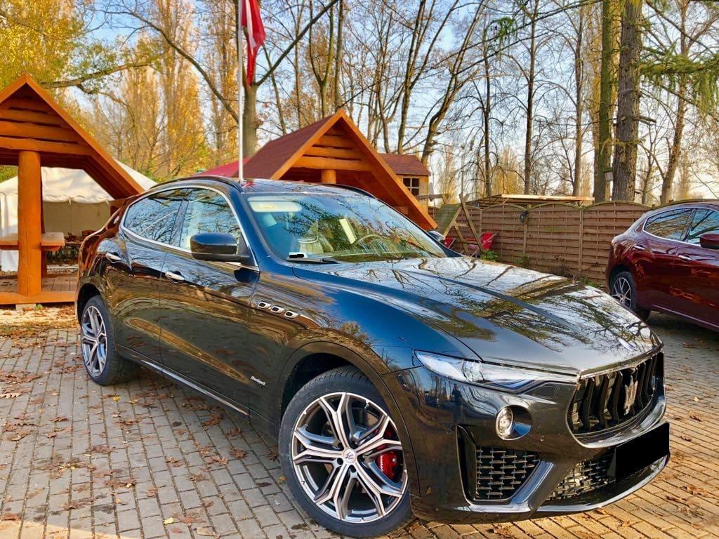 Maserati Levante wynajem samochodów warszawa 5