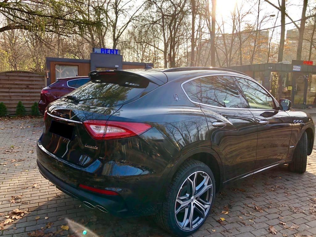 Maserati Levante wynajem samochodów warszawa 7