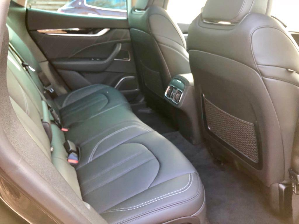 Maserati Levante wynajem samochodów warszawa 9