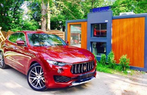 Maserati Levante wynajem samochodów warszawa