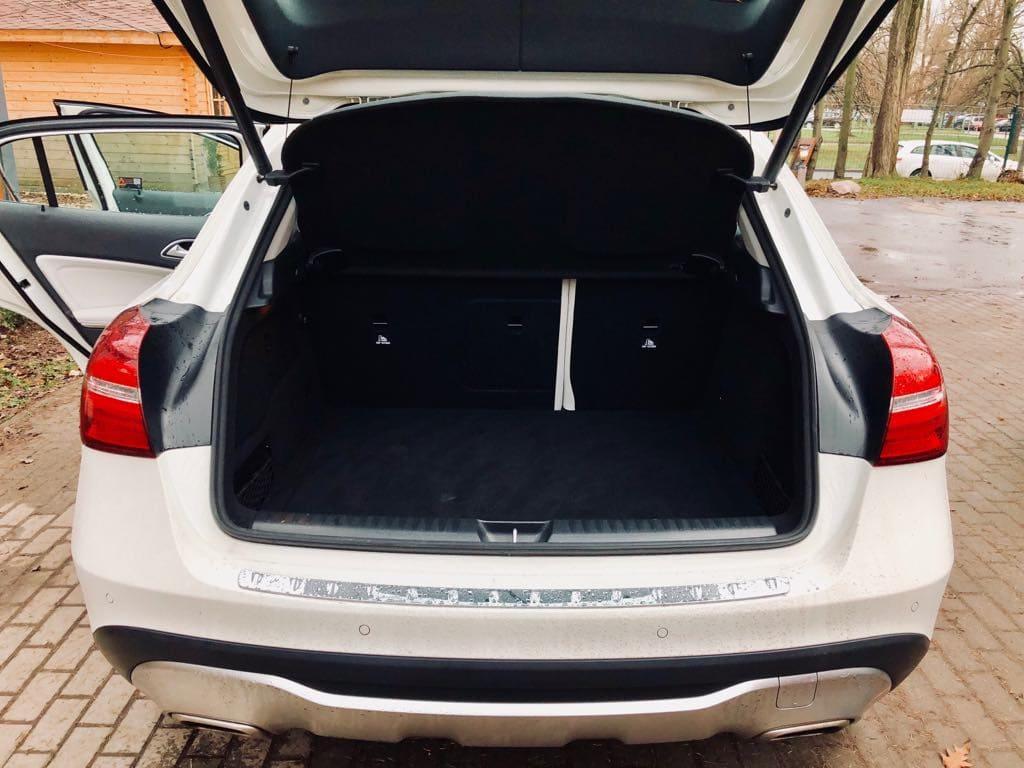 Mercedes GLA wynajem samochodów warszawa 6