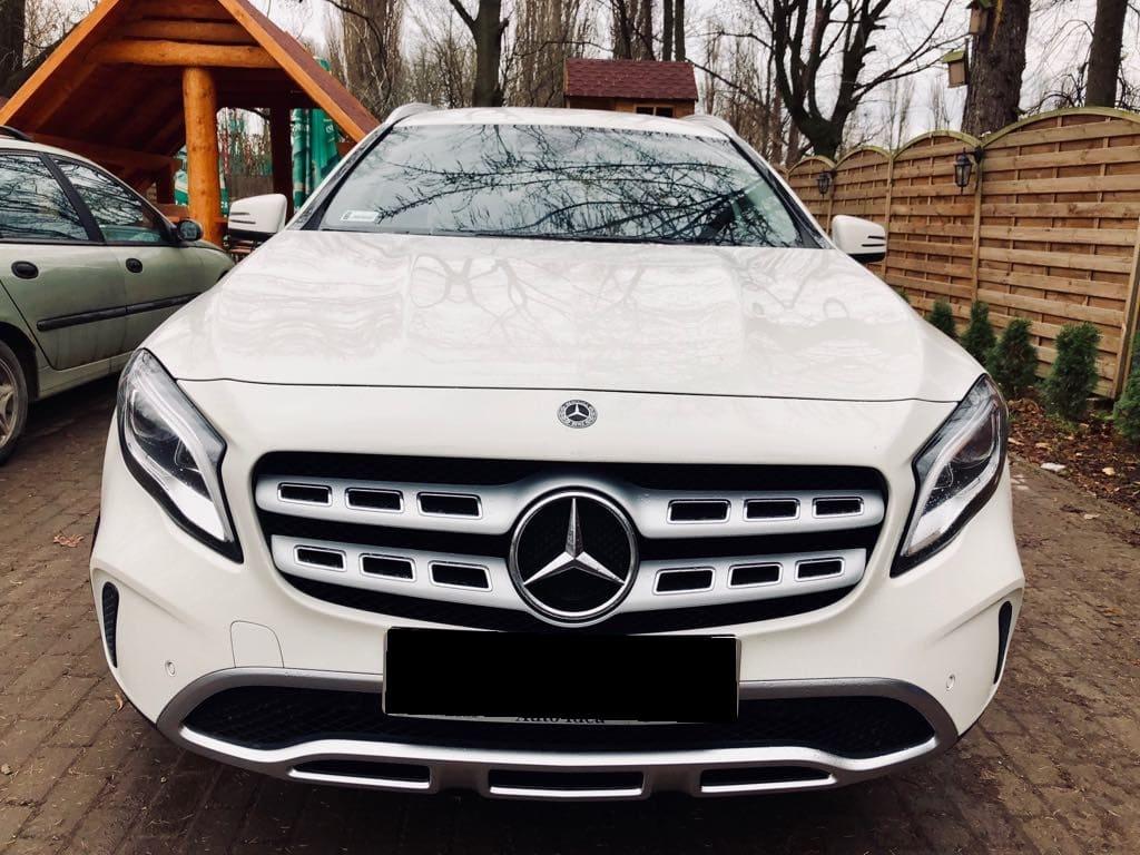 Mercedes GLA wynajem samochodów warszawa 7