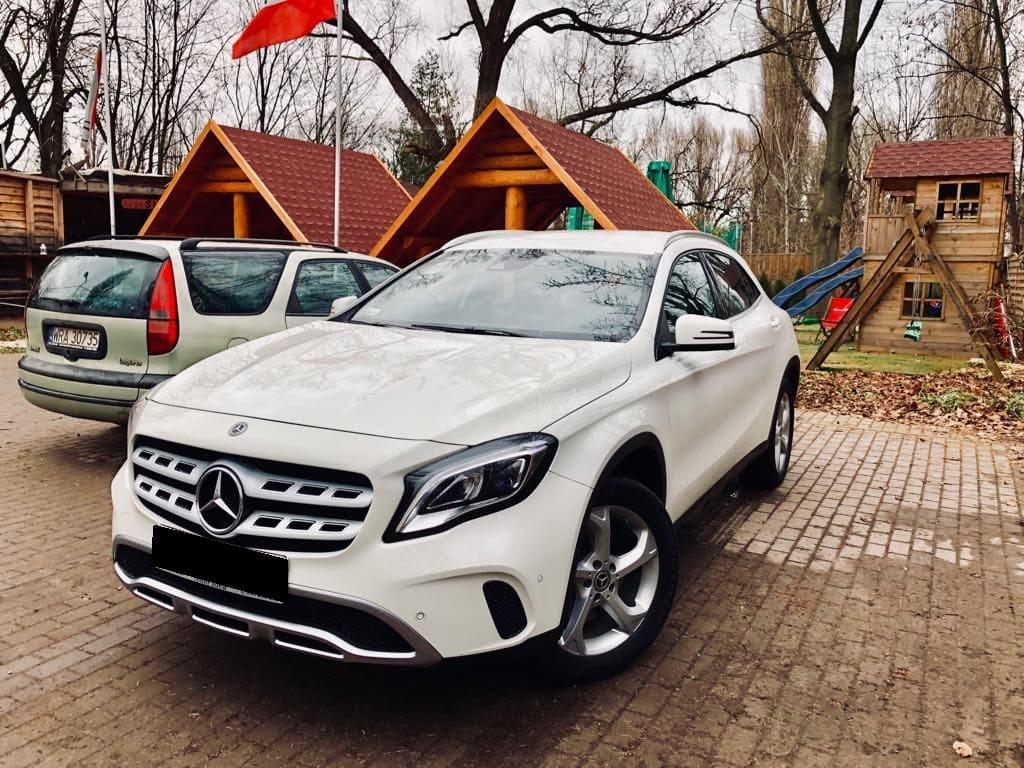 Mercedes GLA wynajem samochodów warszawa 8