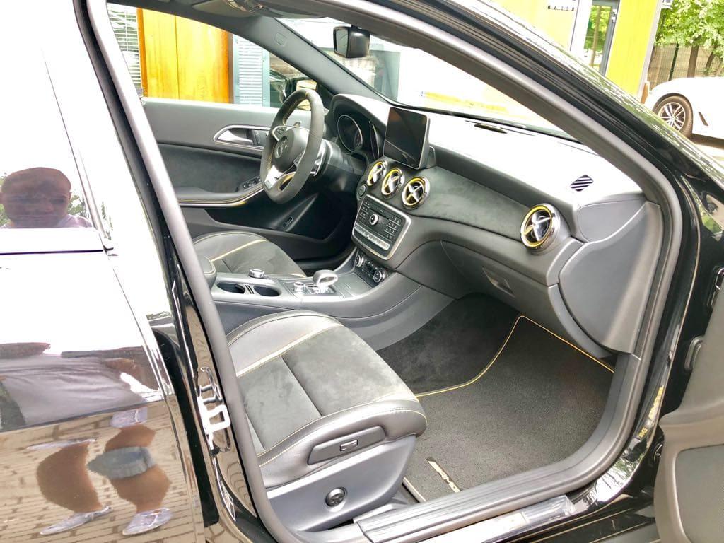 Mercedes GLA45 AMG wynajem samochodów warszawa 12