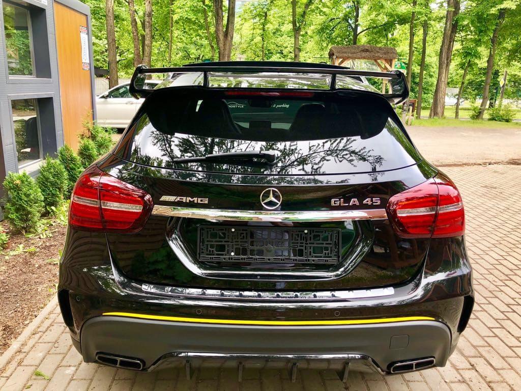 Mercedes GLA45 AMG wynajem samochodów warszawa 3