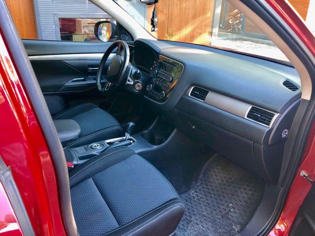 Mitsubishi Outlander 4×4 wynajem samochodów warszawa 4
