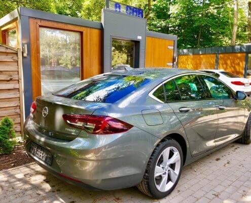Opel Insignia wynajem samochodów warszawa