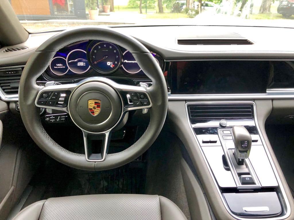 Porsche Panamera 4S wynajem samochodów warszawa 7