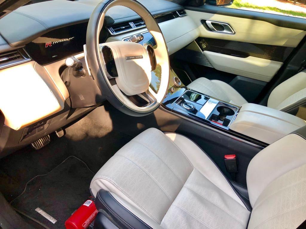 Range Rover Land Rover Velar wynajem samochodów warszawa 9