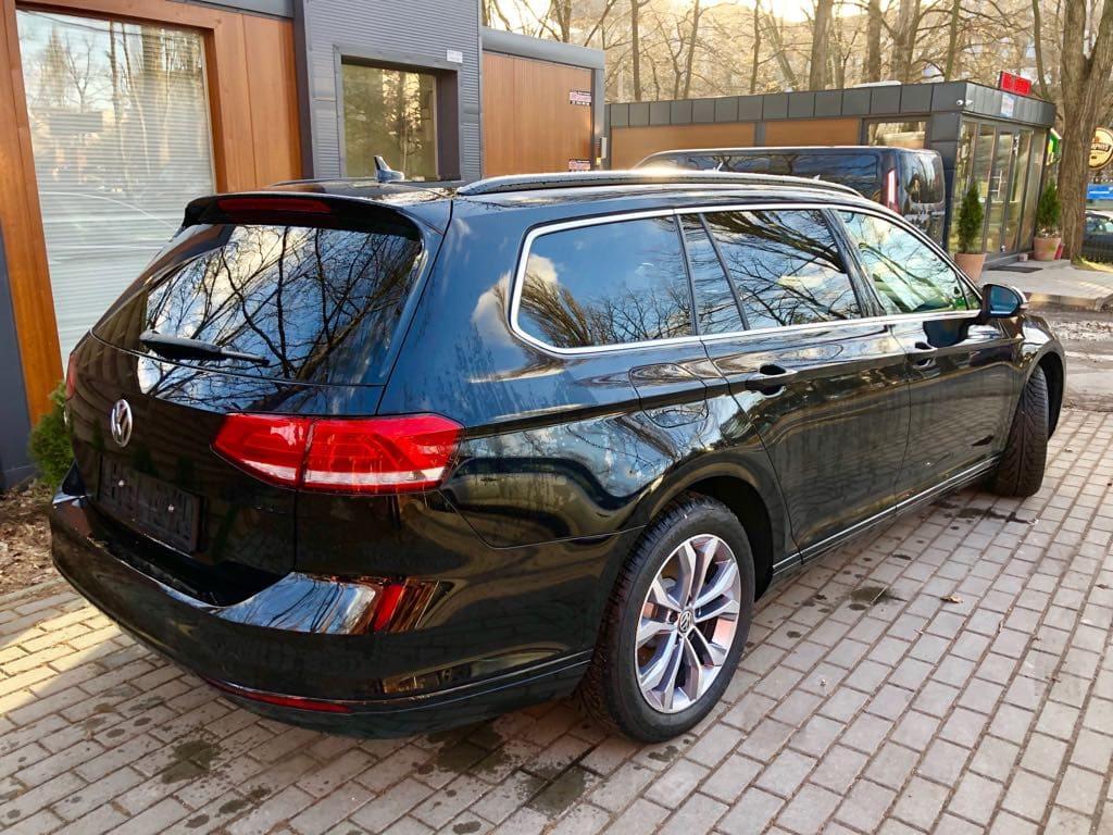 Volkswagen Passat Kombi wynajem samochodów warszawa 2