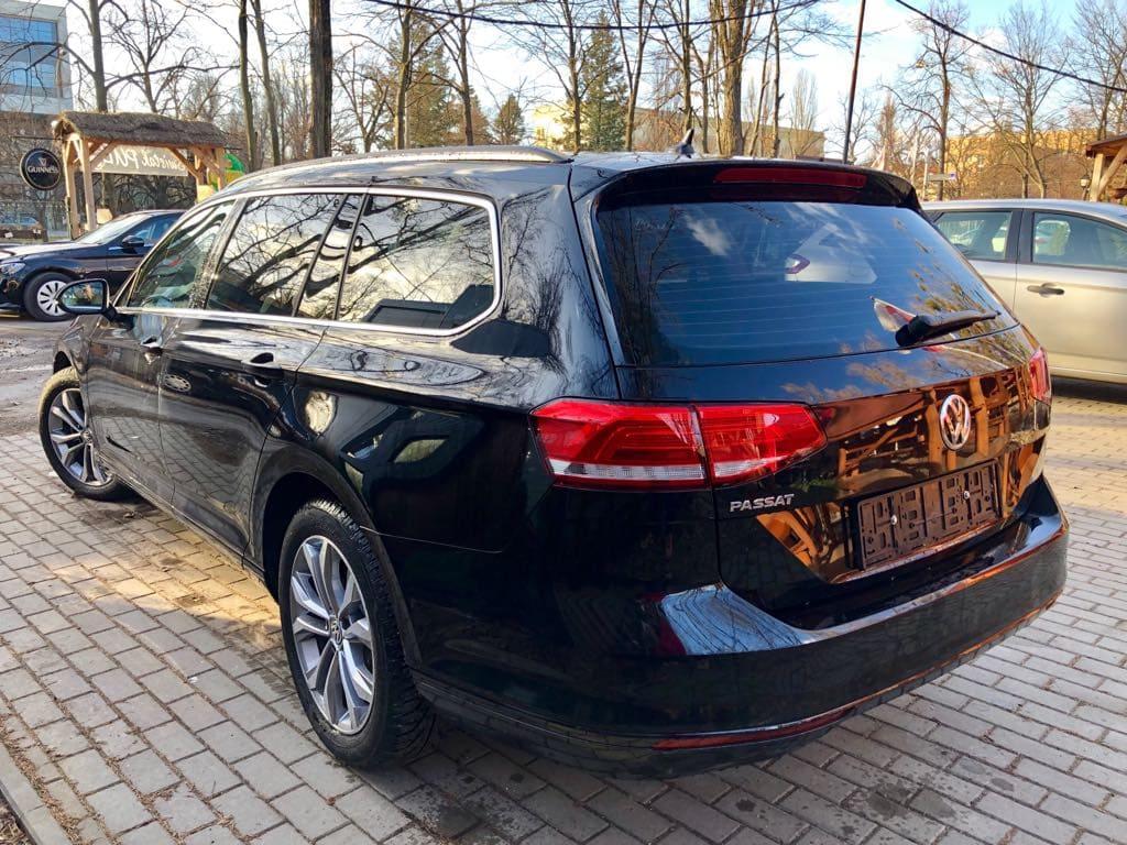 Volkswagen Passat Kombi wynajem samochodów warszawa 4
