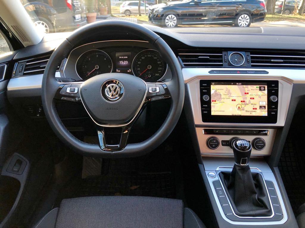 Volkswagen Passat Kombi wynajem samochodów warszawa 7