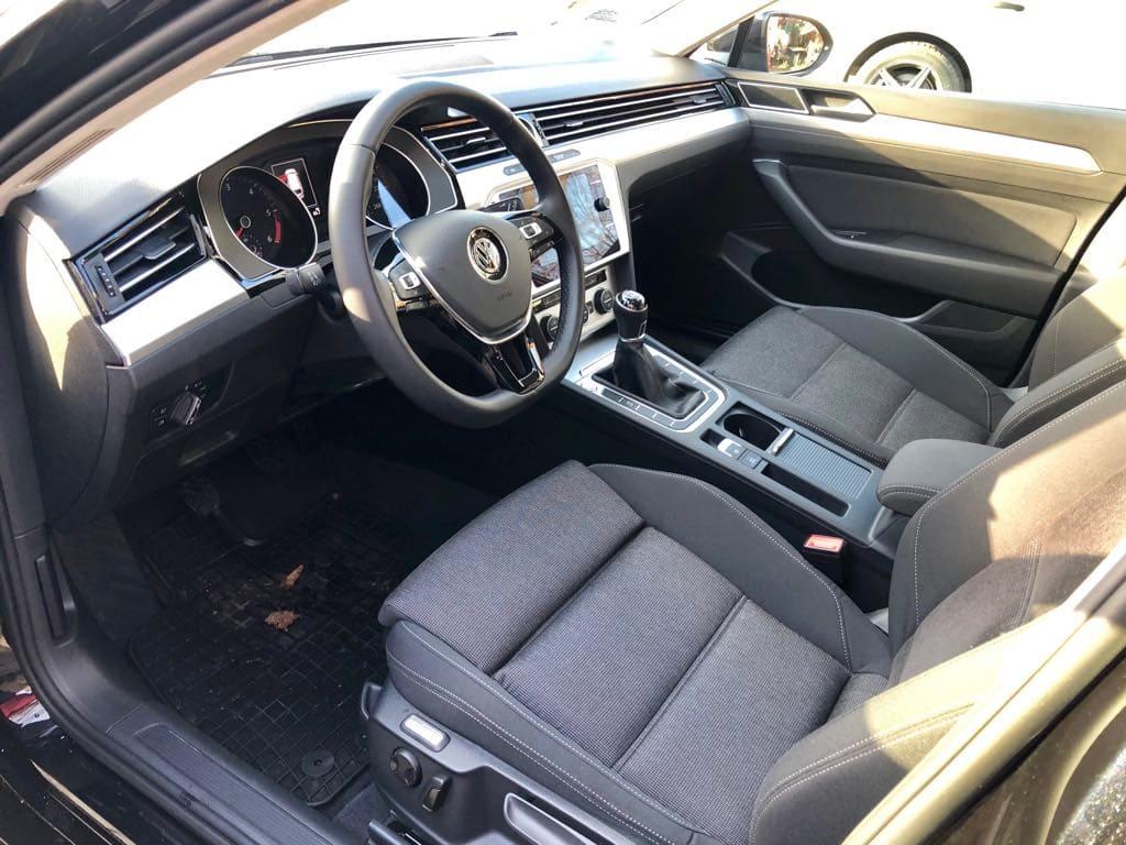 Volkswagen Passat Kombi wynajem samochodów warszawa 9