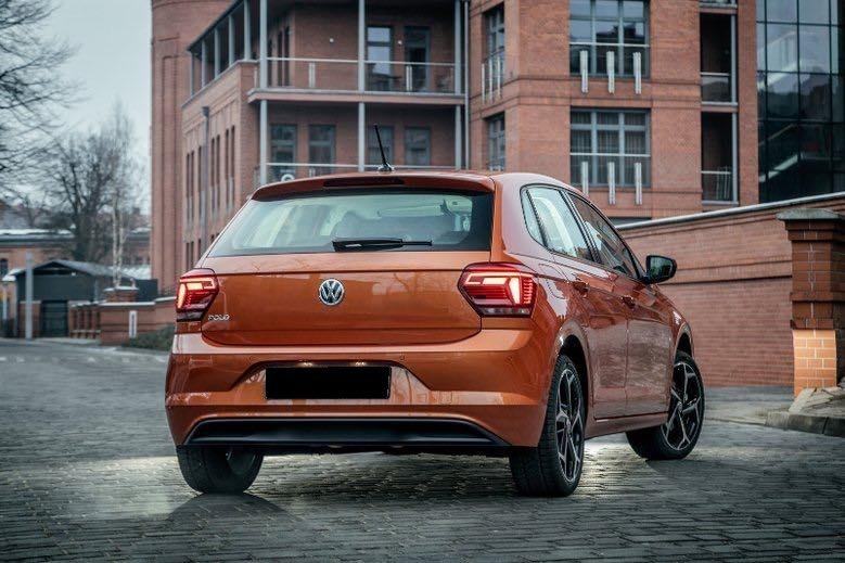 Volkswagen Polo wynajem samochodow warszawa 4
