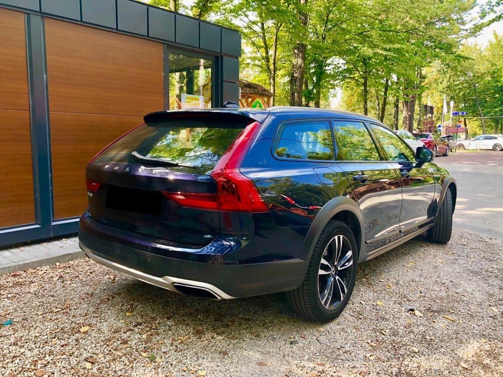 Volvo V90 wynajem samochodów warszawa 3