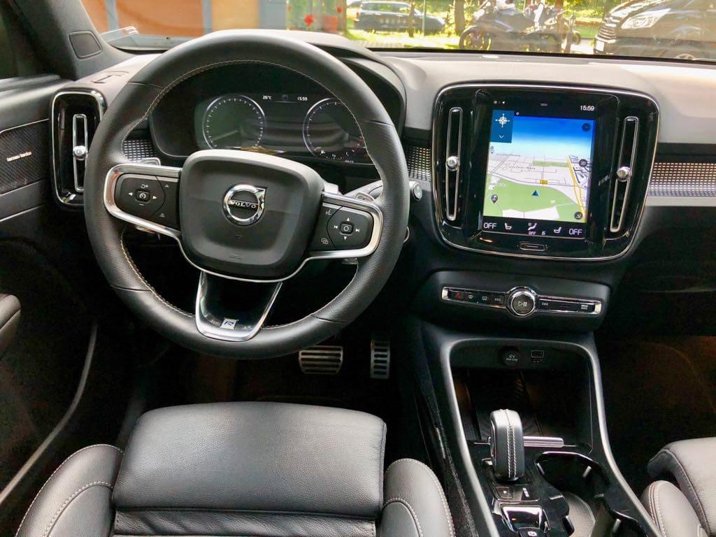 Volvo XC40 wynajem samochodów warszawa 6