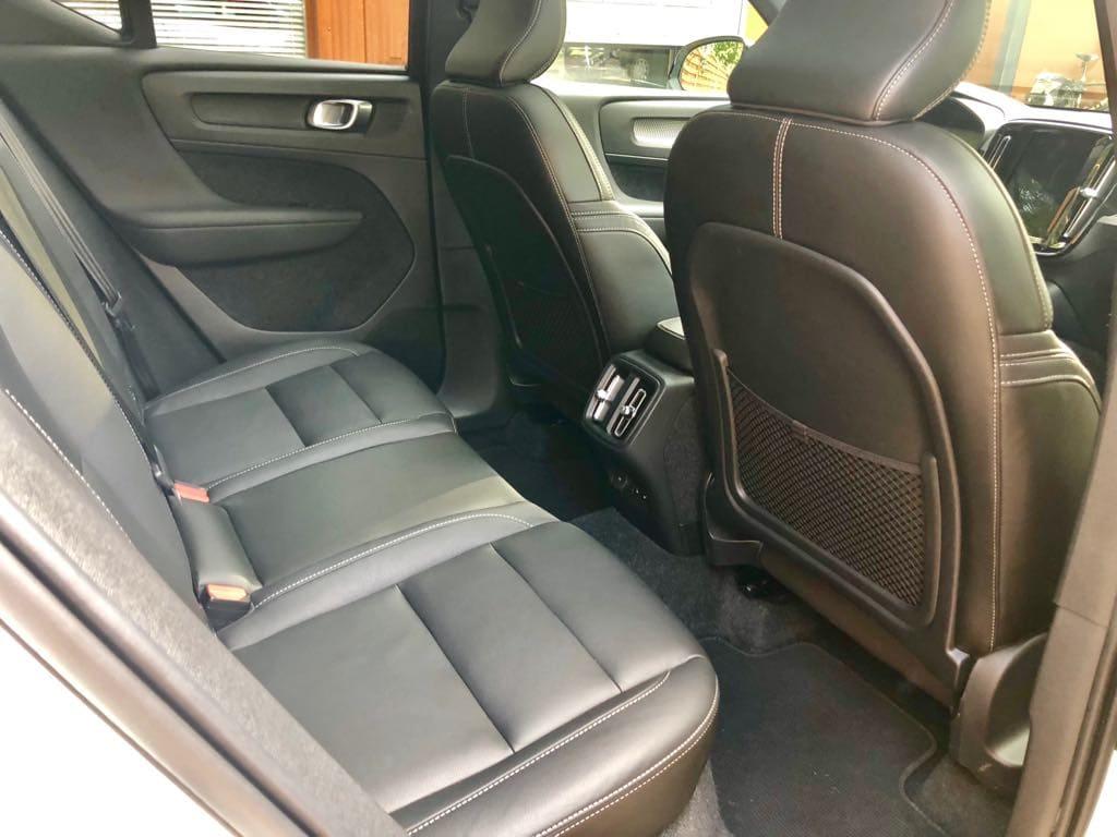 Volvo XC40 wynajem samochodów warszawa 8