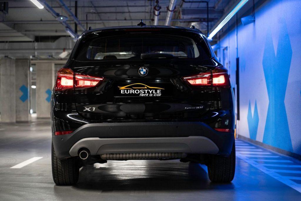 BMW X1 wypożyczalnia samochodów warszawa (3)
