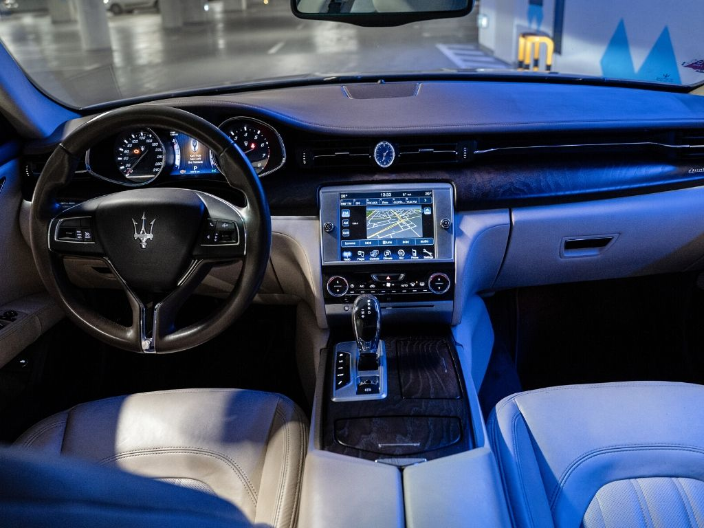 Maserati quattroporte q4s wynajem samochodów warszawa (5)