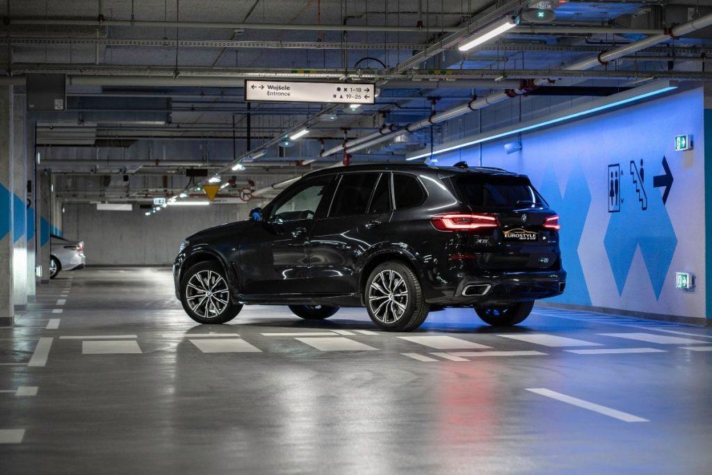 bmw x5 wypożyczalnia samochodów warszawa (2)